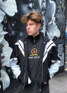 old school encounters - member profile - Vinted Kids Outfits, Cool Outfits, Urban Style Outfits, Champion Jacket, Urban Fashion Women, Embroidered Bag, Cropped Trousers, Jean Shirts, American Apparel