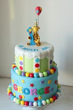 First birthday cake with giraffe topper - Sweet Treats - first birthday cake-Erster Geburtstagskuchen Boys First Birthday Cake, Baby Birthday Cakes, Baby Boy Cakes, 1st Birthday Cake Designs, Birthday Ideas, Rodjendanske Torte, Giraffe Cakes, Cupcake Cakes, Cupcakes