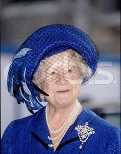 The Queen Mother wearing the Queen Mother's Golden Jubilee Brooch from 1897, which was a gift to Queen Victoria from the household staff in celebration of her golden jubilee. She left it to the crown when she passed away in 1901.