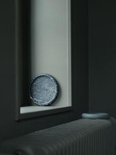 Soft, gentle green tones | Amanda Rodriguez - Friends & Founders Photographer Pär Olofsson