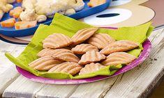 Madalenas de morango. Uma boa maneira de iniciar as crianças na cozinha, estas madalenas são muito saborosas e demoram 40 minutos a fazer.
