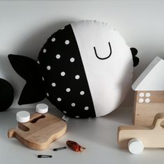 Meet Wanda, cute cotton fish with black dots that swam to us all the way from Croatia, where she has been handmade with love and care. This little fish is not only a toy, but also can be used as a small pillow or just as a simple and cute decor in your kid's room.We know that fish can't talk, but this one just whispered that she would love to meet you!And just so you know, Wanda likes to swim around with her best friend Oscar (find it here).Size:25 cm (not including mouth and tail)C...