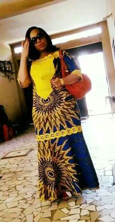 Belle robe African Fashion Ankara, African Inspired Fashion, Latest African Fashion Dresses, African Dresses For Women, African Print Fashion, African Attire, African Women, African Print Clothing, African Print Dresses