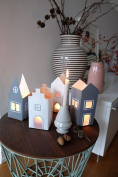 21 upcycling ideas on what to do with empty tetra pack .- 21 Upcycling Ideen, was man aus leerem Tetrapack zaubern kann upcycling ideas recycling tinkering tetrapack windlicht - Kids Crafts, Diy Crafts To Do, Paper Crafts, Milk Carton Crafts, Diy 2019, Christmas Crafts, Christmas Decorations, Xmas, Kids Christmas