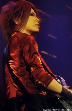 Kouyou (Uruha) Takashima (the GazettE) ah, look how beautiful he is! ♡ω♡