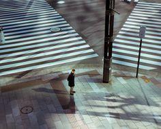 1ac782279feed106-japan-crosswalk.jpg