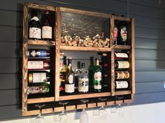 Interiors The Effective Pictures We Offer You About diy wine rack countertop A quality pic Diy Home Bar, Bars For Home, Diy Home Decor, Wood Wine Racks, Wine Rack Wall, Palette Deco, Home Bar Designs, Wine Storage, Pallet Furniture