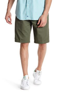 The Perfect Short Classic Fit