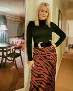 Lorna Claire Weightman (@styleisleirl) • Instagram photos and videos My Outfit, Claire, Photo And Video, Videos, Skirts, Photos, How To Wear, Outfits, Instagram