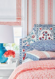 Who said more than one pattern isn't allowed? At Margo and Mya it's what we do best, and this picture from Thibaut Design looks incredible. Love all their fabrics and how beautiful they look together! Perfect for spring/summer🌞 Blue Duvet, Blue Pillows, Orange Home Decor, Hill Interiors, Made To Measure Curtains, Striped Wallpaper, Coordinating Fabrics, Fine Furniture, Home Interior Design