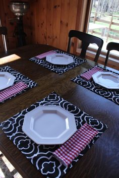 Outdoor summer placemats and picnic napkins to match. Last year I made square placemats, too. Same outdoor fabric that is good to 500+ hours in the sun.
