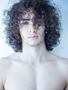 Recommendations for fantastic looking hair. Your hair is without a doubt exactly what can easily define you as an individual. To numerous men and women it is certainly vital to have a great hair do. Long Curly Hair Men, Curly Hair Styles, Natural Hair Styles, Men Hair, Great Hair, Hair Trends, Naturally Curly, Hair Inspiration, Hair Cuts