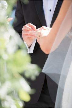 the exchanging of rings is super cute and something that i would love to be able… – wedding photography bride and groom Wedding Photography Checklist, Wedding Photography Packages, Wedding Photography Poses, Wedding Photography Inspiration, Photographer Wedding, Photography Services, Wedding Ceremony Pictures, Wedding Picture Poses, Family Wedding Pictures