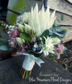 Native & Natural Wedding Bouquet #weddingflowers #bridalbouquet #rusticwedding #bride #nativewedding #nativeflowers #kingprotea #southafricannatives #australiannatives #bluemountainsfloraldesigns #weddingflowers #pastelflowers #wedding #weddingstylist #natural