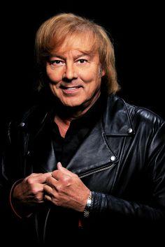 Danny on suomalainen laulaja ja musiikkineuvos. Danny on esiintynyt myös muutamissa Spede Pasasen elokuvissa. Danny on yksi ensimmäisistä musiikkishowkiertueiden järjestäjistä Suomessa. Danny asuu tällä hetkellä Kirkkonummella. Wikipedia Syntyi: 24. syyskuuta 1942 (ikä 72), Pori