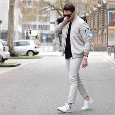 We even recommend white sneakersin our capsule wardrobe guide. And we think every fashion conscious guy should at least have a couple of pairs of cool white sneakers.