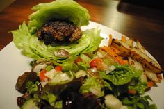 To save some calories when you have a burger, use chunks of iceberg lettuce as an alternative to the bun.