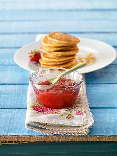 Cremige Erdbeer-Bananenkonfitüre Eine cremige Konfitüre mit Bananen und Erdbeeren für den Sommer