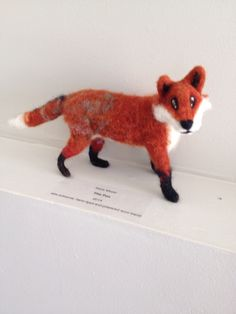 Needle felted fox, hand dyed, and carded wool batts. Felt Fox, Wet And Dry, Needle Felting, Fiber Art, Art Projects, Canada, Wool, Animals, Animales