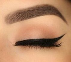 Eyebrows and liner on point.