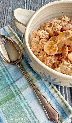 Bananas Foster Oatmeal Bowl - the ULTIMATE comfort food breakfast.  recipesjust4u.com