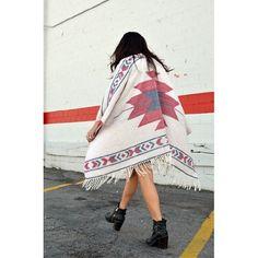 Poncho love My Style, Fashion, Moda, Fashion Styles, Fashion Illustrations