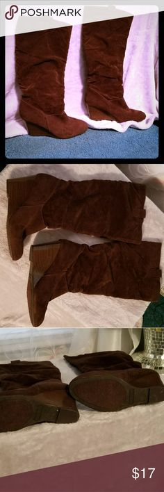 👑Rampage wedge boots👢💥💥MUST GO 👢👢Brown suede wedge heeled Rampage ladies boots, in Good conditon.💥💥💋💋 FAST SHIPPING!💌💌💌 💲💲 BUNDLE-N-SAVE MORE💜💜.  with PRIVATE DISCOUNTS Rampage Shoes Wedges