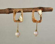 Long pearl studs, rectangular stud, brass earring, hammered studs, wedding jewelry, geometric stud, bridesmaid gift idea, Christmas present by ColorLatinoJewelry on Etsy