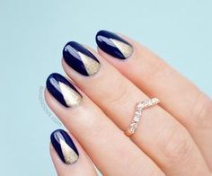 Nails #navy #gold #nails #edressme