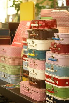 vintage suitcases ~ colorful fun.......love vintage suitcases.