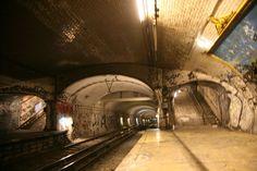Abandoned-Ghost-Metro-Stations-Of-Paris-12.jpg (720×480)