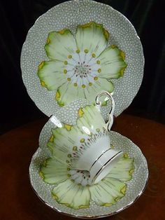 ~ Tuscan Vintage Fancy Teacup and Saucer Trio Lush Large H P Blossom Enamel Trim . Antique Tea Cups, Vintage Cups, Vintage China, Vintage Tea, Teapots And Cups, Teacups, Cuppa Tea, China Tea Cups, My Cup Of Tea