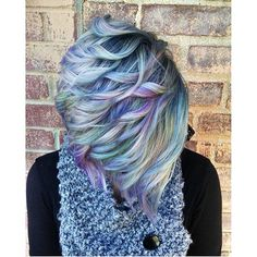 Love this mermaid hair unicorn hair color and snappy short haircut. Pearlescent opal hair color design by and short style by on Beautiful Teamwork Ladies! Hair Color And Cut, Cool Hair Color, Pixie Hair Color, Funky Hairstyles, Pretty Hairstyles, Mermaid Hairstyles, Medium Hairstyles, Short Haircuts, Casual Hairstyles