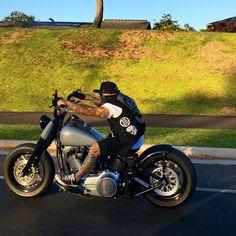 Harley Davidson News – Harley Davidson Bike Pics Softail Bobber, Bobber Bikes, Harley Bobber, Harley Bikes, Bobber Motorcycle, Motorcycle Clubs, Motorcycle Outfit, Sportster 48, Women Motorcycle