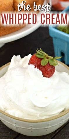 Learn how to make whipped cream with this easy, versatile homemade whipped cream recipe. 3 simple ingredients are all you need! Learn how to make whipped cream with this easy, versatile homemade whipped cream recipe. 3 simple ingredients are all you need! Vegan Whipped Cream, Making Whipped Cream, Whipped Cream Frosting, Recipe For Homemade Whipped Cream, How To Whip Cream, Starbucks Whipped Cream, Köstliche Desserts, Delicious Desserts, Dessert Recipes