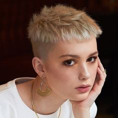 Short Hair Cuts For Women, Short Hairstyles For Women, Short Hair Styles, Really Short Hairstyles, Buzz Cut Women, Girl Hairstyles, Super Short Hair, Girl Short Hair, Short Punk Hair