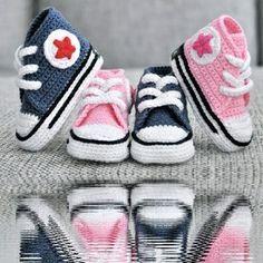 (vía Crochet Converse Inspiration ❥ 4U // hf | Crochet - Kids)