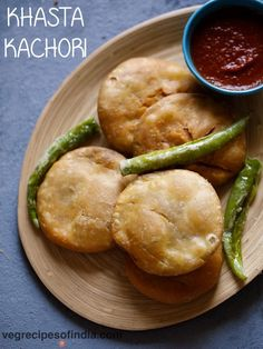 dal kachori recipe with video and step by step photos - flaky kachoris made with a spiced moong lentils stuffing. since holi festival is close by, sharing this popular indian snack of khasta kachori. kachoris are basically Tea Time Snacks, Party Snacks, Veg Recipes Of India, Indian Food Recipes, Breakfast Recipes, Snack Recipes, Potato Recipes, Broccoli Recipes, Avocado Recipes