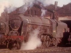 46164 The Artists Rifleman. Steam Railway, Abandoned Train, Train Art, British Rail, Steam Engine, Steam Locomotive, Historical Pictures, Britain, Past