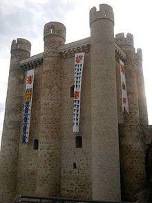 Torre del homenaje - Wikipedia, la enciclopedia libre