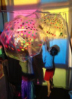 overhead projector, umbrellas, reggio inspired,  shadow play
