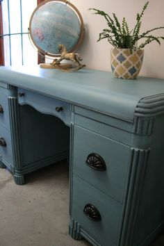 Reloved Rubbish: Vintage Waterfall Desk, provence with grafite color wash on top, then wax