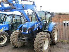 New Holland LS/H shuttle, c/w New Holland 740 loader, low hours, tyres - +VAT from C&O Tractors. New Holland Tractor, Ford News, T5, Farm Life, Techno, Country, Vehicles, Tractors, Tractor