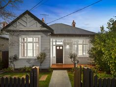 Sold 10 Prentice Street, Elsternwick VIC 3185 on 21 Oct 2017 - 2013885336 Exterior Color Schemes, House Color Schemes, House Colors, Brick Cladding, Exterior Cladding, House Front, My House, House Paint Exterior, Exterior Houses