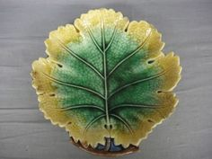 Majolica Griffen Smith & Hill, Etruscan Maple Leaf plate. 19th C. USA