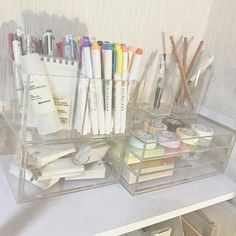 Desk organization korean 65 Ideas - Image 7 of 23 Study Room Decor, Bedroom Decor, Study Rooms, My New Room, My Room, Desk Inspiration, Desk Inspo, Aesthetic Room Decor, Cute School Supplies