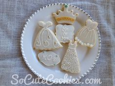 Wedding dresses, crowns, and message cookies