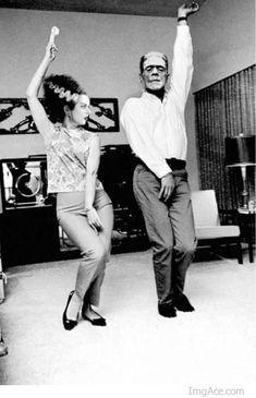 Bride Of Frankenstein Dancing