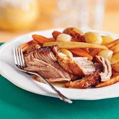Porc aux pommes et à la bière - Les recettes de Caty Confort Food, Egg Rolls, Crockpot, Slow Cooker, Steak, Pork, Food And Drink, Healthy Eating, Beef