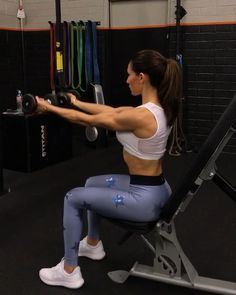 "11k Likes, 127 Comments - Alexia Clark (@alexia_clark) on Instagram: ""Sunday Shoulders and Core 1. 12 Reps each side 2. 15 Reps 3. 12 reps each 4. 15 Reps 3-5…"""
